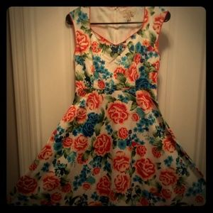 Retro inspired floral dress